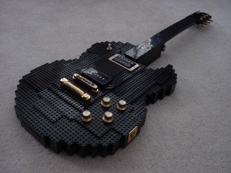 Lego Guitar » image 1