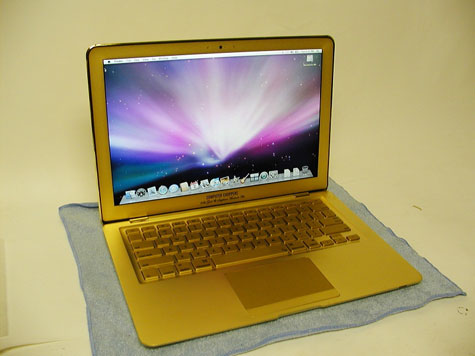 Gold Apple MacBook Air » image 3