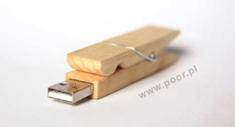 Clothes Pin Flash Memory Stick » image 1