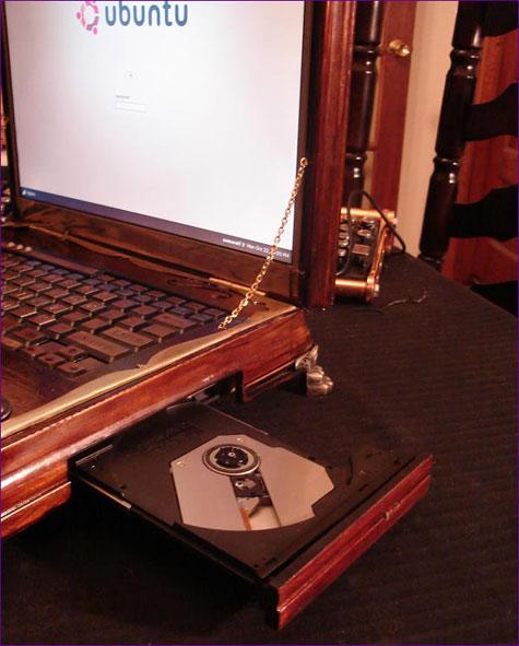 Datamancers Steampunk Laptop » image 7