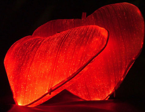 Luminous Fiber Optic Heart Pillow » image 1