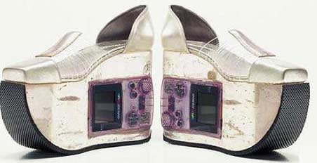 Game Boy shoes and boots » image 2