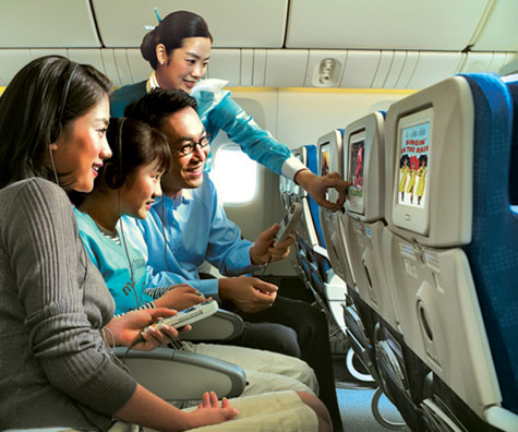Korean Air Coach Cabin With LCD Touch Screen » image 5