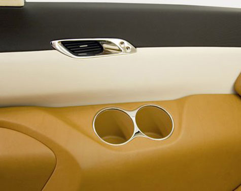 Nissan Forum Minivan » image 3
