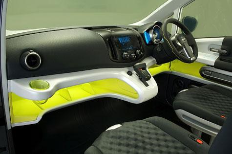 Nissan's NV200 Concept » image 5