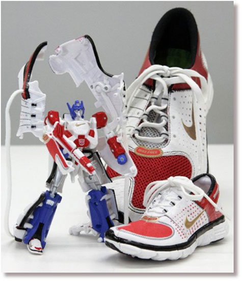 Robots That Transform Into Shoes And Earphones! » image 1
