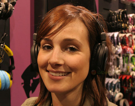 SkullCandy Headphones With Built-in SD Slot » image 3