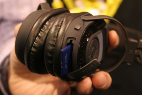 SkullCandy Headphones With Built-in SD Slot » image 4
