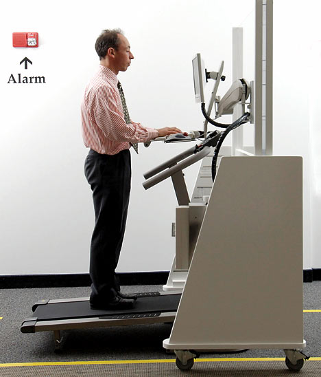 Vertical Workstation Workout » image 1