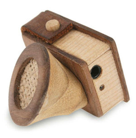 Wooden iPod Mini Speaker With Integral Pencil Sharpener » image 1